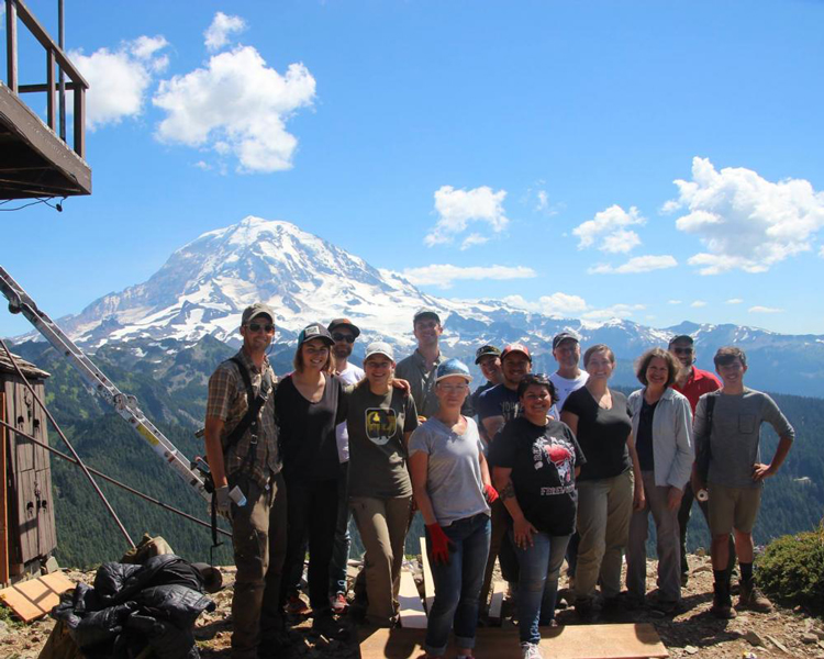 Pacific Northwest Field School students 2016